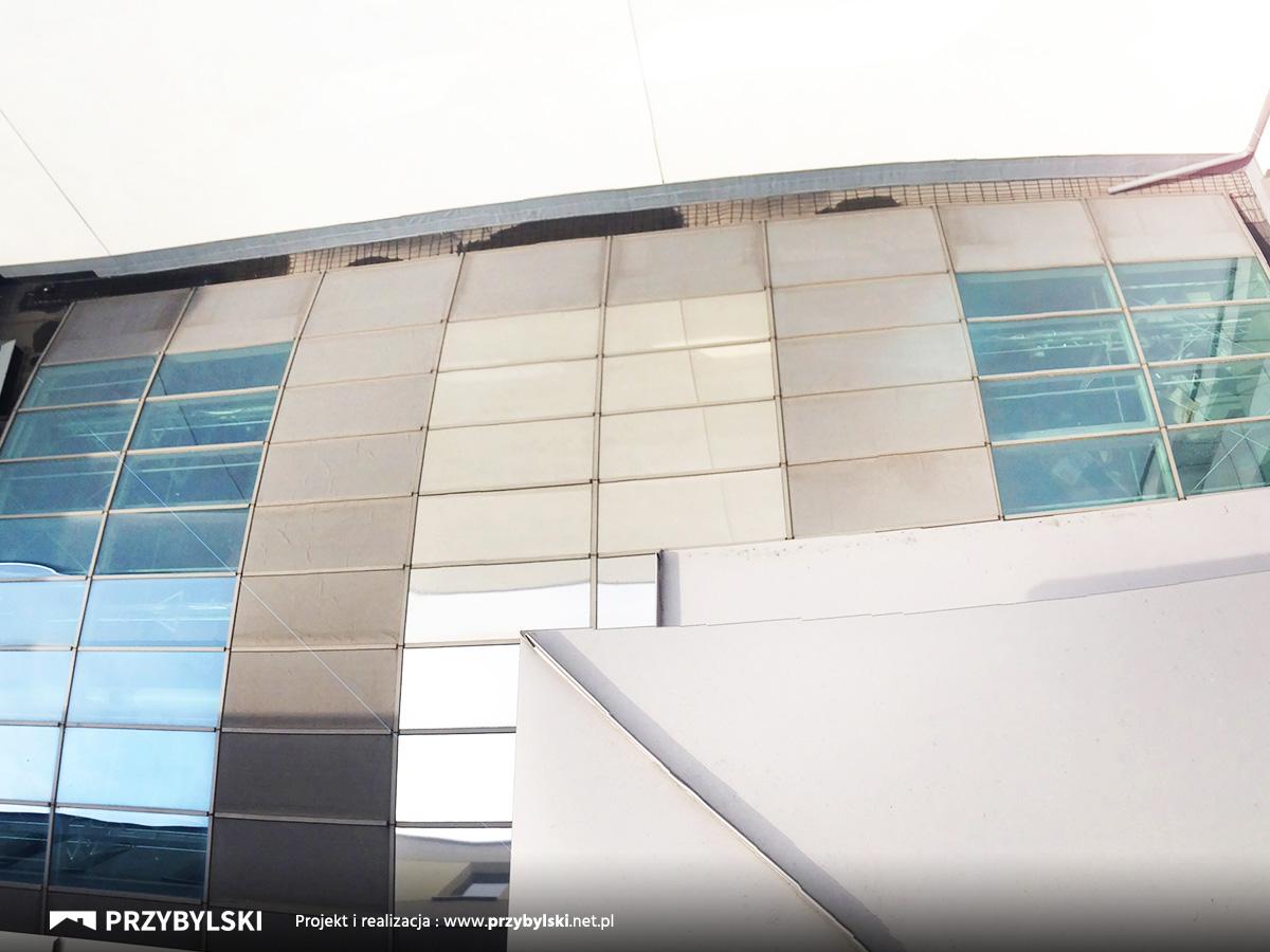 Holiday Inn dach szklany