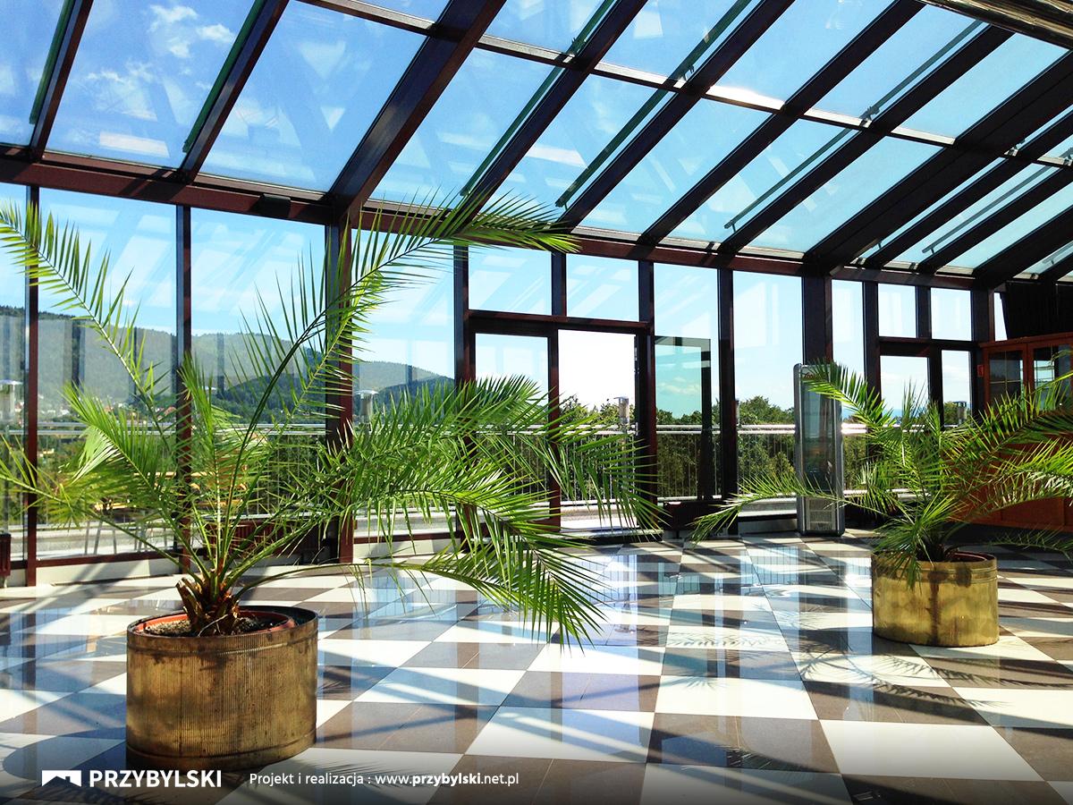 Naprawa przeciekających dachów ze szkła