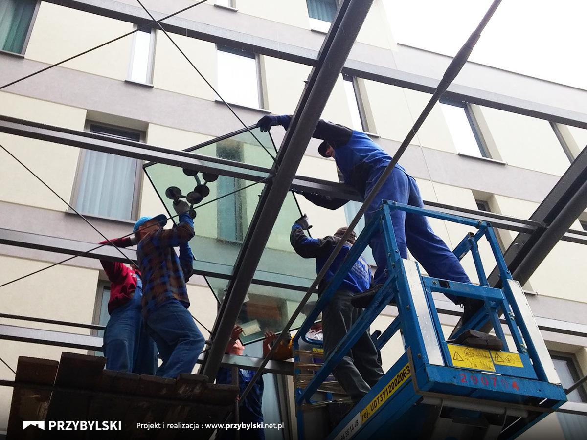 Producent rozwiązań szklanych dla hoteli