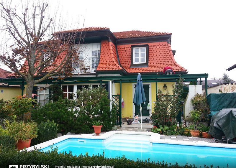 Szklany dach wokół domu