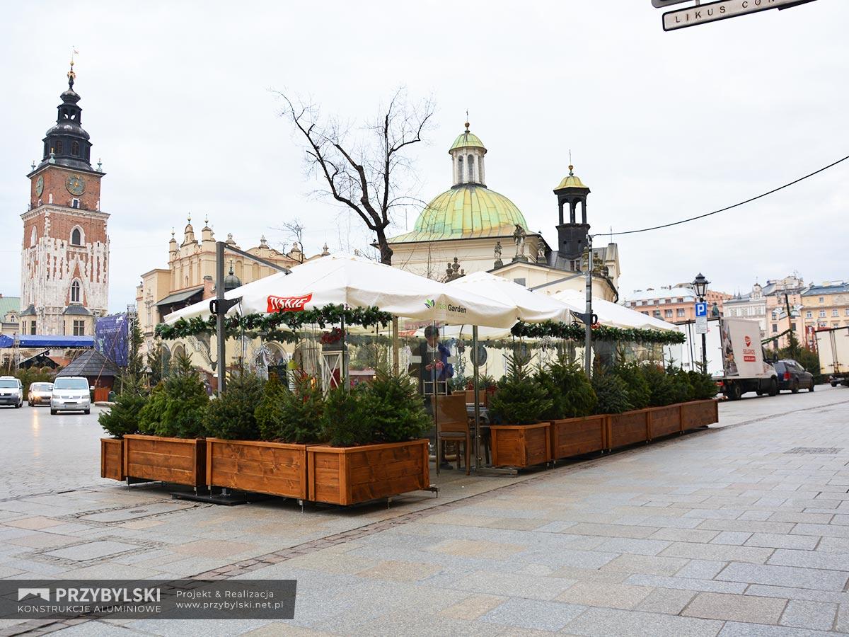 Szklane ogródki restauracyjne